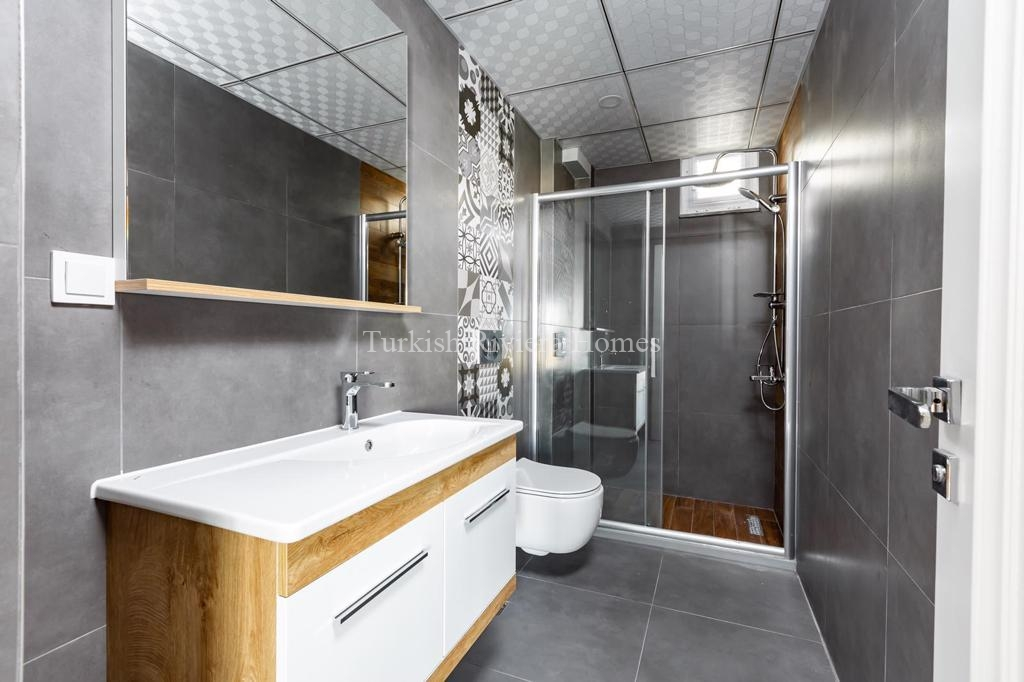 Modern Lifestyle Apartment in Kemer Town of Antalya-Bathroom